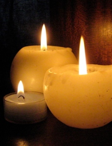 Candlemas-candles-lit-three